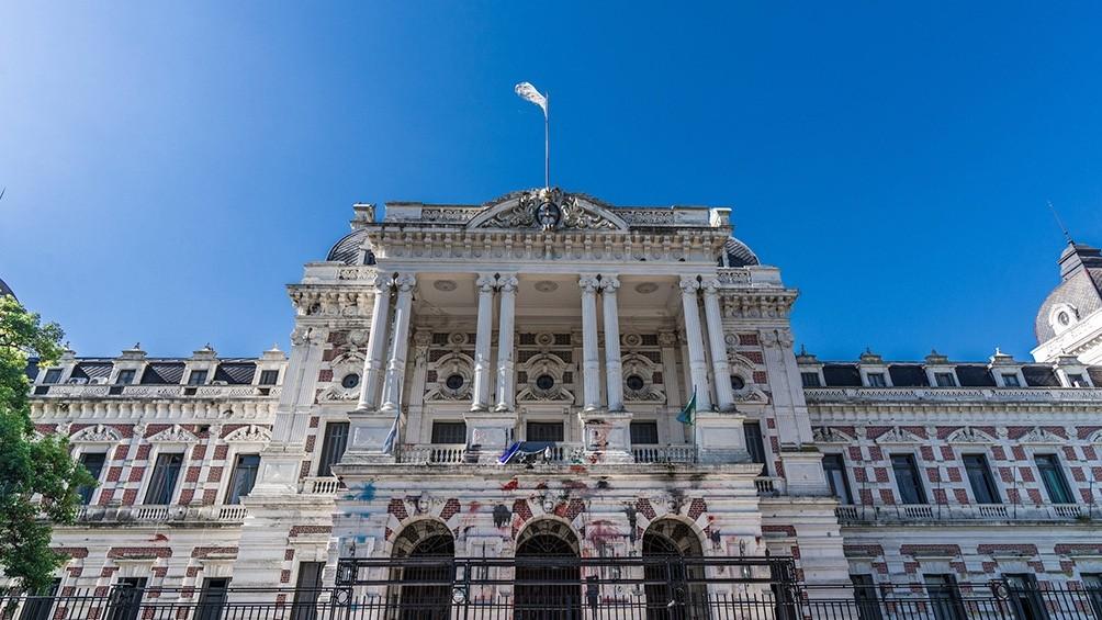 El Gobierno bonaerense y los sindicatos estatales se reúnen en paritarias