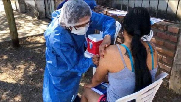Con vacunatorios móviles, la provincia de Buenos Aires aplicará dosis
