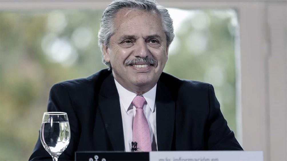 Alberto Fernández saludó al pueblo de Uruguay