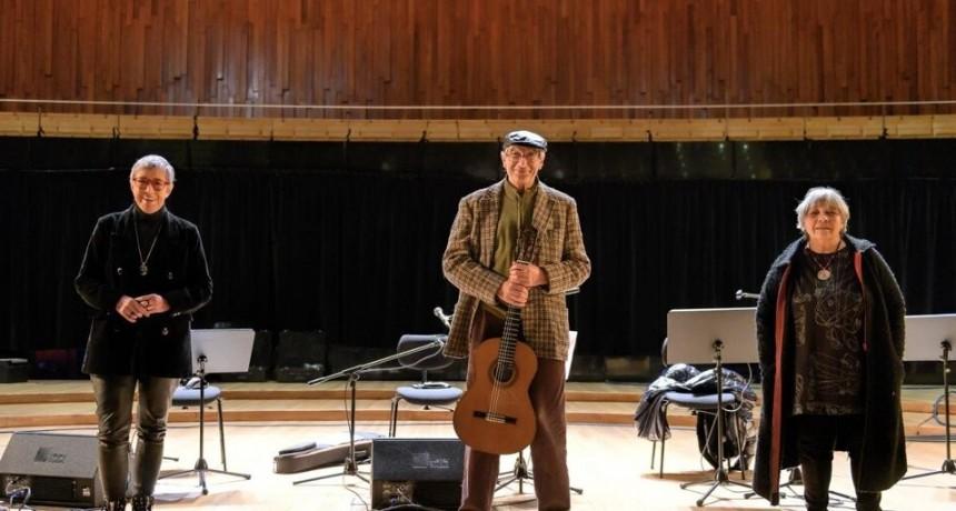 """Herrero, Parodi y Falú: canto a """"Mojones"""" de la patria y homenaje a Horacio González"""