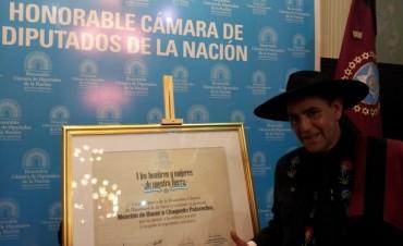Homenajearon en el Congreso al Chaqueño Palavecino