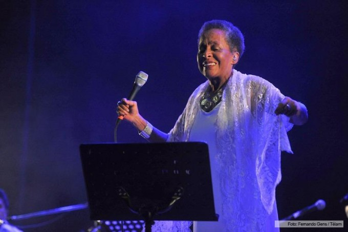 El fantástico viaje negro de Susana Baca imantó al Teatro Ópera