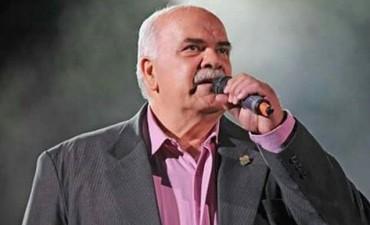 """El chamamé y la cultura correntina de luto: falleció poeta y cantante """"Toto"""" Semhan"""