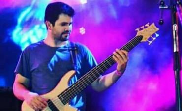 Nuevo robo a otro Músico en este caso un Bajo al músico Luchito Acuña de Baradero