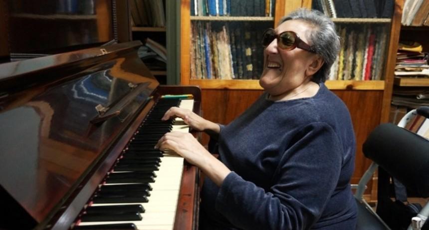 Tristeza en el mundo artístico por la muerte de Elvira Ceballos