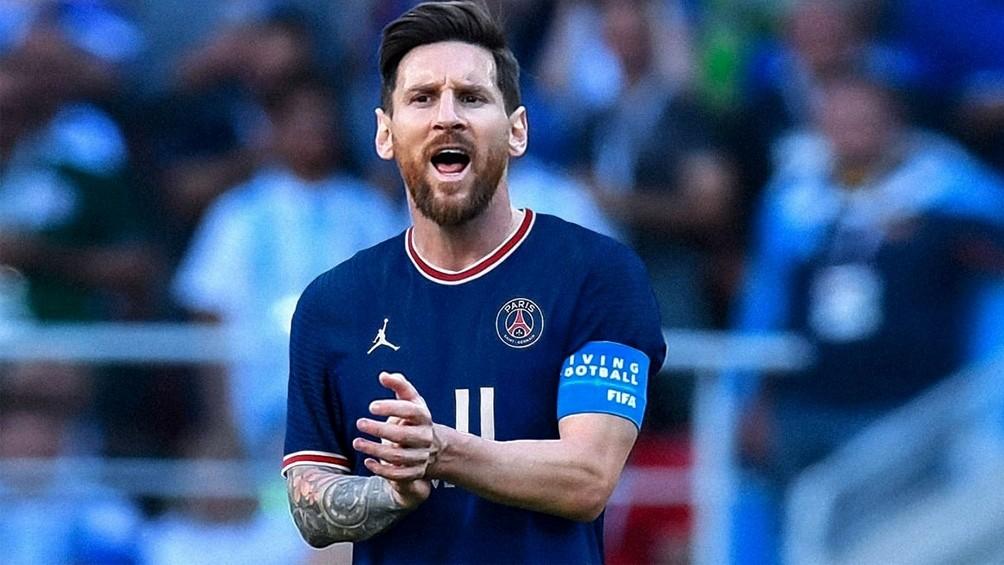 Messi inicia su reinado en el Parque de los Príncipes