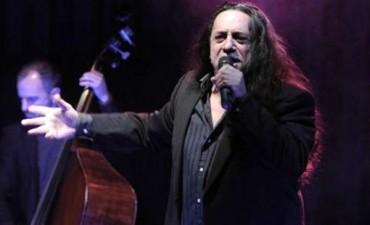 Omar Mollo despidió el ciclo Tangazos en el Maipo Kabaret
