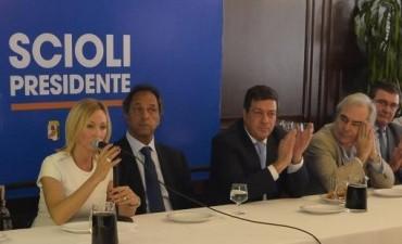 Mónica López dejó el Frente Renovador y sumó su apoyo a Scioli