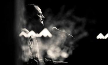 Carlos Aguirre ofrece un ciclo con canciones del Litoral al piano y voz