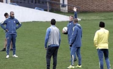 Arruabarrena volverá a contar con Monzón en el partido de Copa Argentina