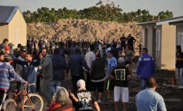 Crisis habitacional en Tigre: toma de viviendas y máxima tensión en el barrio Cina Cina