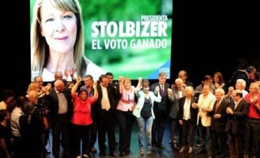 Stolbizer cerró su campaña con un recuerdo para Alfonsín y críticas a la UCR