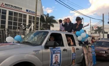El Frente para la Victoria de Tigre cerró su campaña con una carabana
