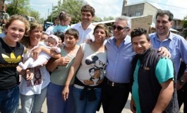 Julio Zamora cerró su campaña con una amplia recorrida por Don Torcuato con gran apoyo v
