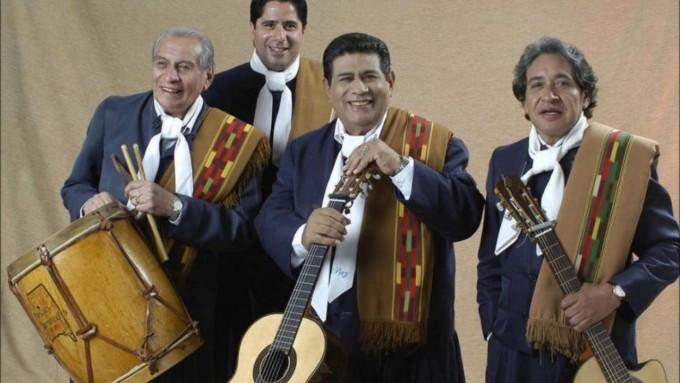"""Los Manseros Santiagueños homenajearon a Leocadio y """"Fatiga"""" en el Gran Rex"""