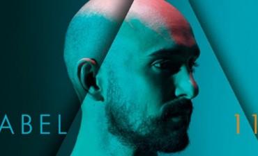 """Abel Pintos habla sobre 11, su nuevo disco: """"No limito mis instintos creativos"""""""