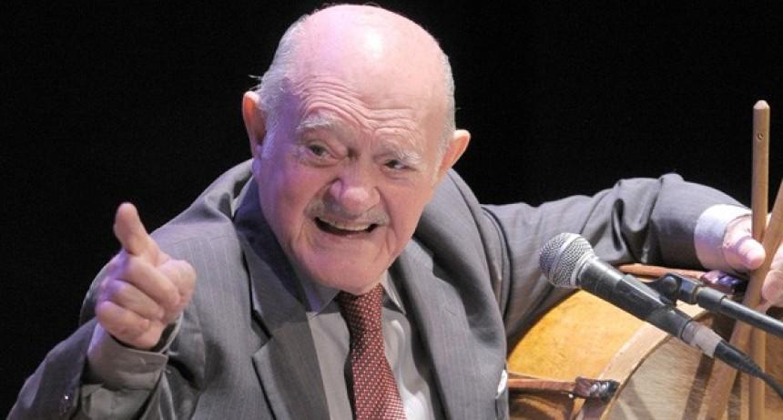 """El folklore está de luto, a los 97 años falleció Víctor Manuel """"Vitillo"""" Ábalos"""