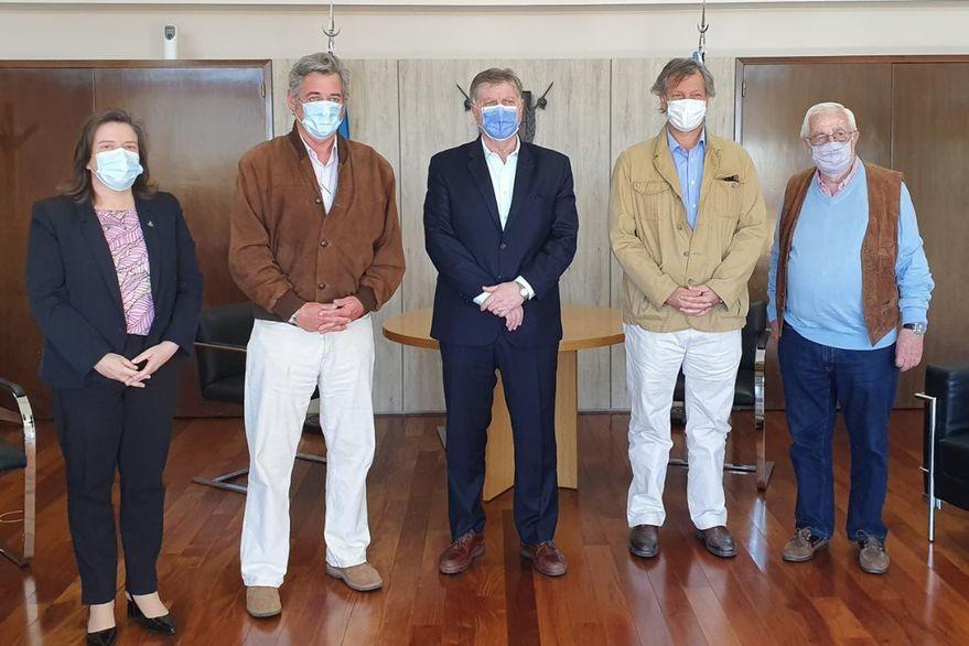El gobernador Ziliotto recibió al presidente de la Sociedad Rural Argentina
