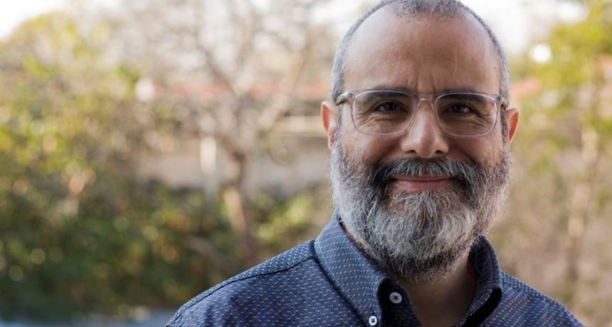 Hernán Ríos: el pianista que encontró una salida productiva y audaz para el tiempo que vivimos sin conciertos