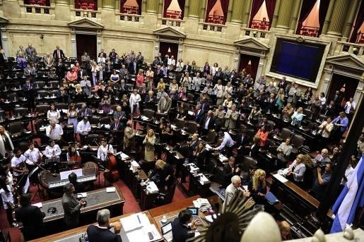 Diputados buscarán aprobar proyectos sobre juventud tierras y deuda