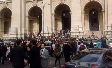 Evacuaron el Palacio de Justicia por una amenaza de bomba
