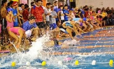 Más de 25.000 personas disfrutan de las piletas en los polideportivos de Tigre