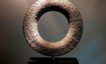 Dos escultores geométricos llegan al MAT