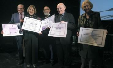 La Academia Nacional del Folklore entregó diplomas de honor