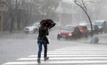 Lluvias y tormentas con una temperatura máxima de 21 grados