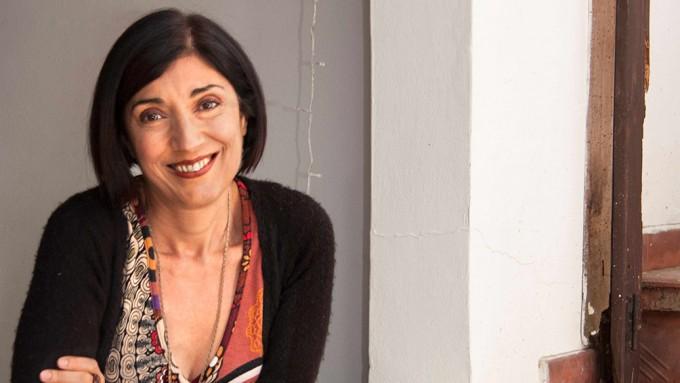 Jana Purita recrea la música y el misterio de Nelly Omar en Nobleza de Arrabal