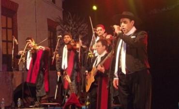El Chaqueño en la apertura del festival Calle Angosta