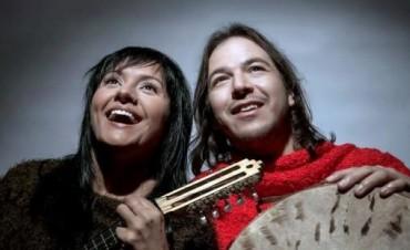 Bruja Salguero y Bruno Arias a dúo Un homenaje a la Madre Tierra