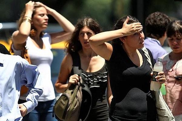 Emiten un alerta amarilla para Capital GBA y Rosario por altas temperaturas