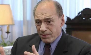 Raúl Zaffaroni insistió en la necesidad de que Gils Carbó se mantenga en su cargo