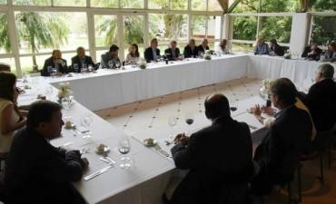 Macri se encuentra reunido con los gobernadores de los 24 distritos