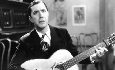 Exhibirán una histórica guitarra del zorzal criollo Carlos Gardel