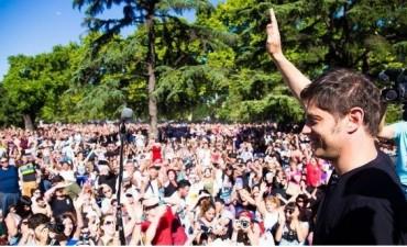El ex ministro Kicillof disertó ante una multitud en el Parque Centenario