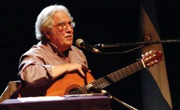 """Juan """"Tata"""" Cedrón y dos discos que trazan un """"friso sonoro"""" de la tradición popular"""